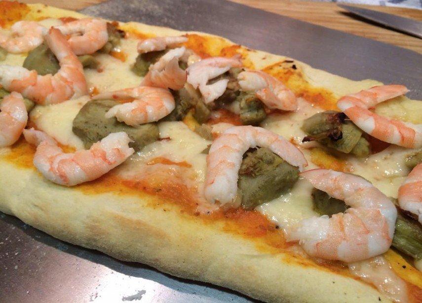 Pizza de alcachofas y langostinos - Como hacer alcachofas en salsa ...